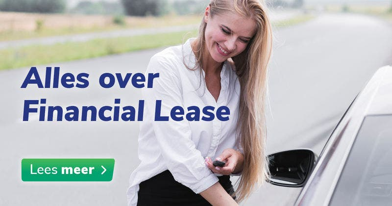 Vrouw bij auto - Alles over Financial Lease