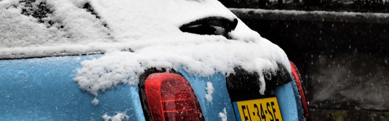 Auto snel ontdooien en ijsvrij maken